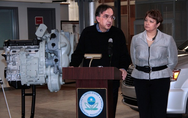 Chrysler Group CEO Sergio Marchionne and EPA Administrator Lisa P. Jackson announce a partnership to explore and evaluate how the EPA's Hydraulic Hybrid Vehicle technology can be applied to light duty vehicles.