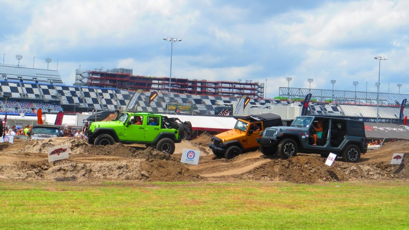 Jeeps on the obstacle coruse at Jeep Beach