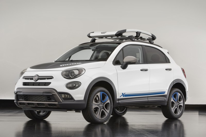 The Fiat 500X Mobe is among the Mopar-modified vehicles showcase