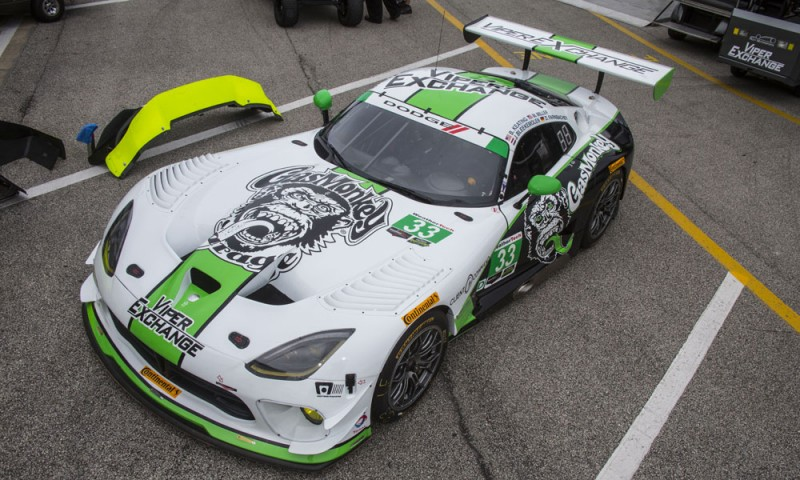 The No. 33 Dodge Viper GT3-R carries sponsorship from Gas Monkey Garage.