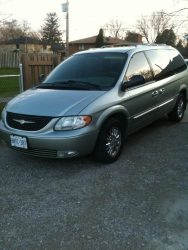 2003 Chrysler Town and Country (Photo courtesy of Lucas Graham)
